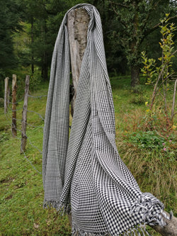Unisex black and white chequered handloomed wool shawl
