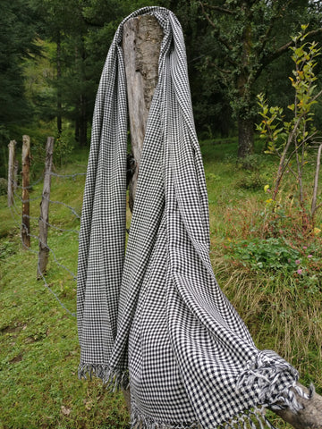 Unisex Handloomed Wool Shawl Wrap in Black & White Chequer