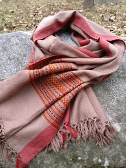 Wool scarf / stole