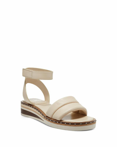 Vince Camuto MELLIENDA BONE/BABY SHEEP