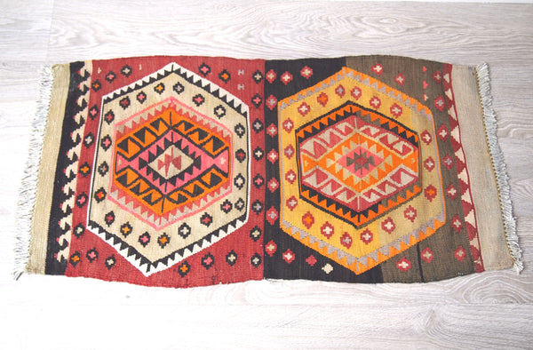 Full view of vintage kilim rug. Area Rug.