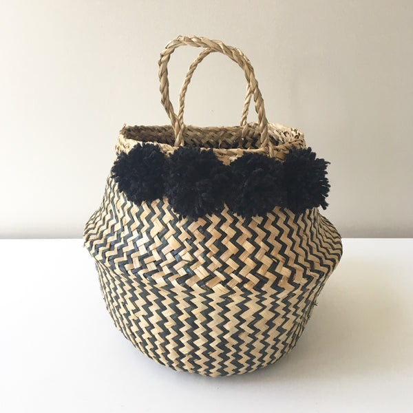 100% natural seagrass belly baskets. Kit + Loom. Black pom poms.