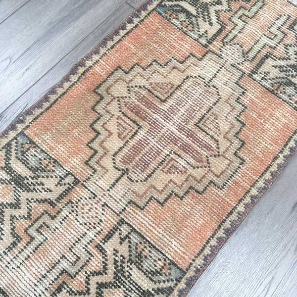"Vintage Turkish Rug. 2'10"" x 1'6"