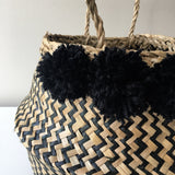 Detail view of seagrass baskets - zigzag natural noir.