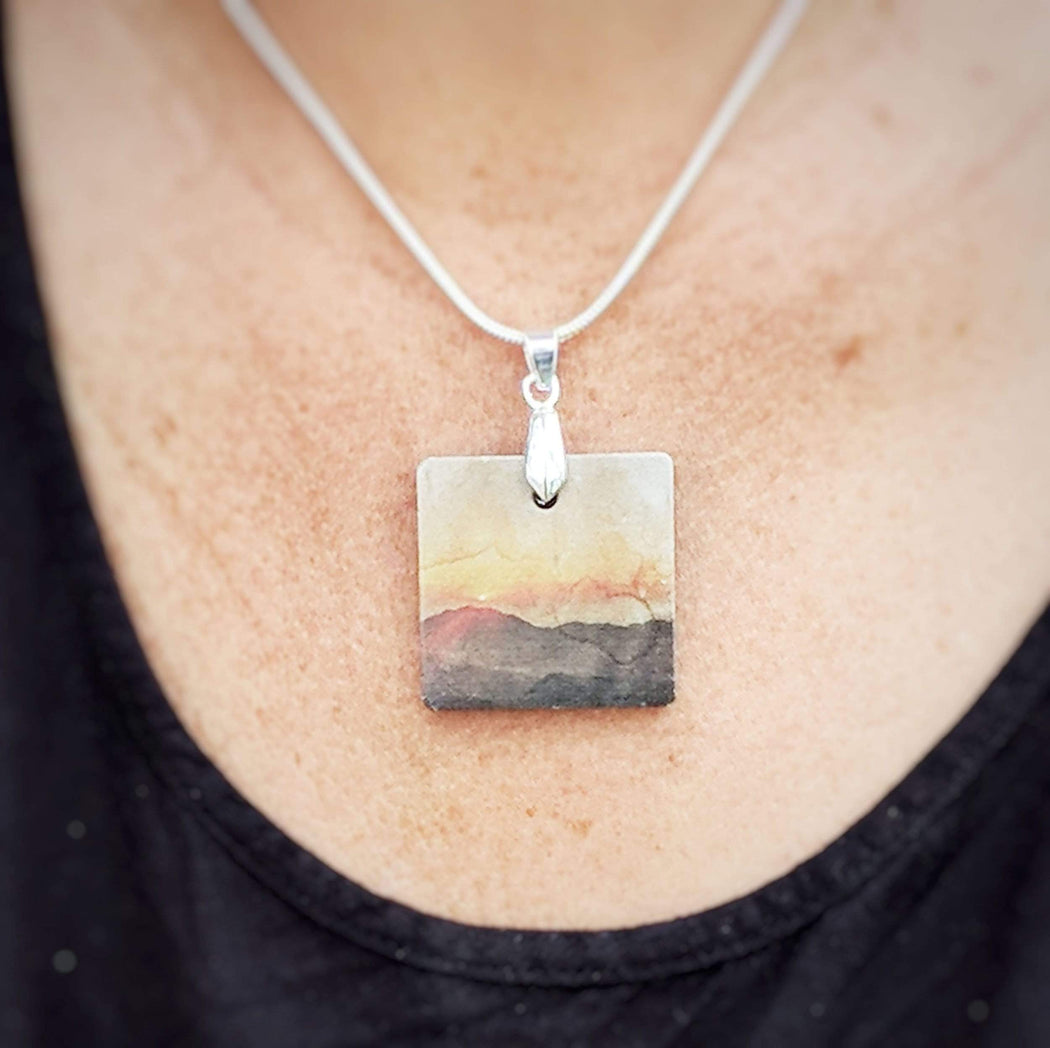 Concrete & Ink Jewellery Mountain Sunset Gift Set
