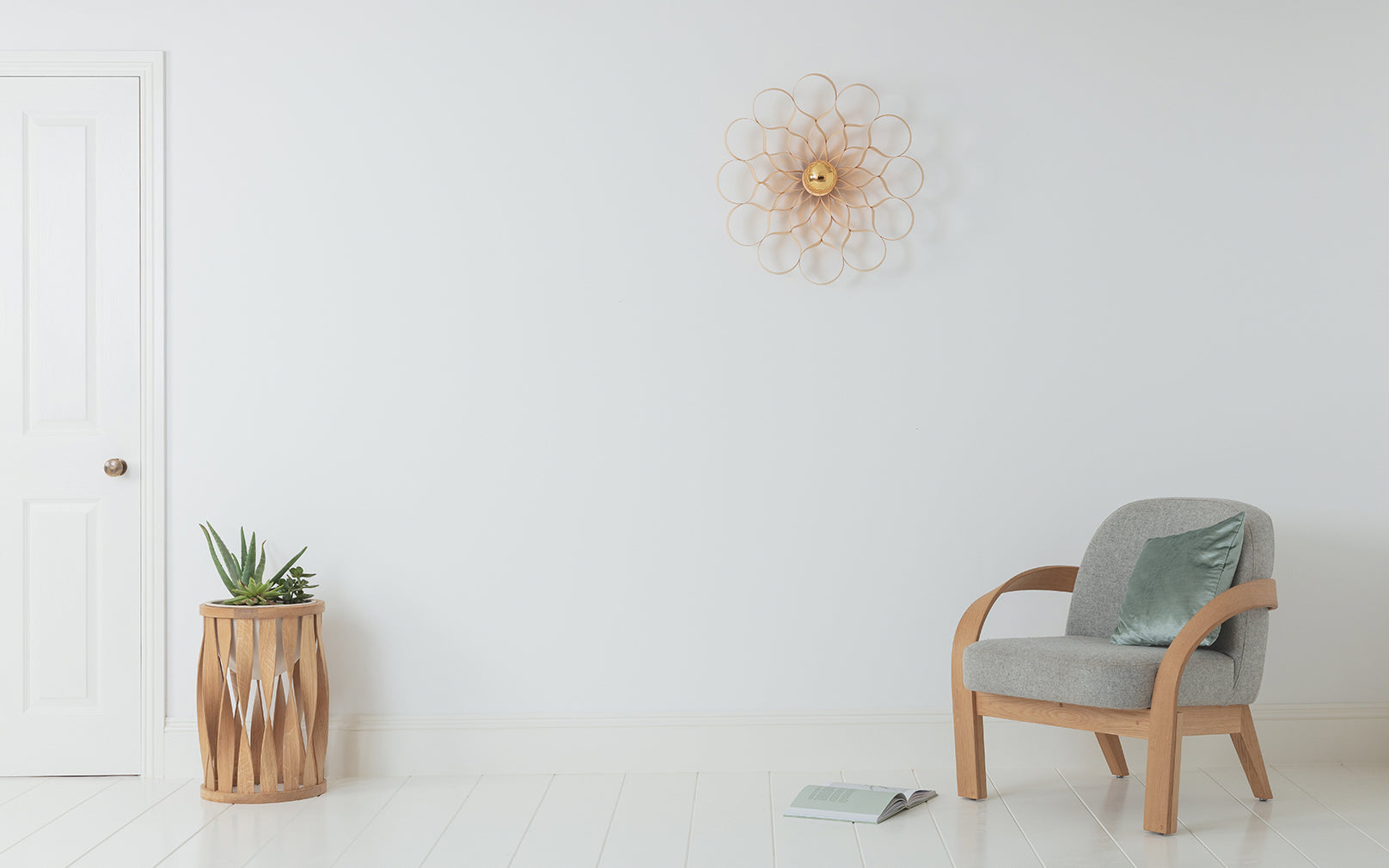 Arame Wall Light in Ash