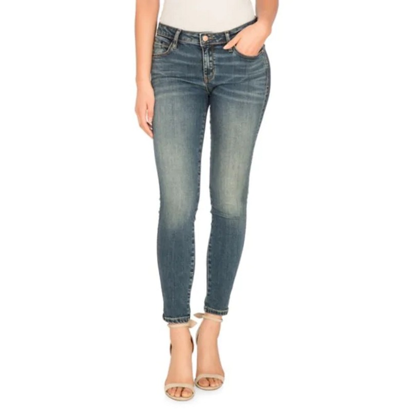 Guess Eco Luxe Sexy Curve Merion Wash