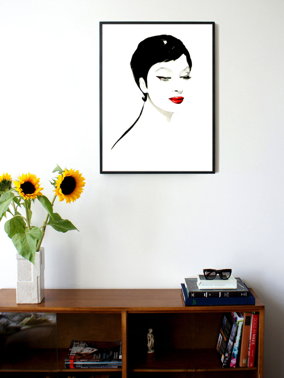 Fashion illustration print of Geisha Eyes by Sjoukje Bierma - portrait of woman - 60 x 80 cm framed