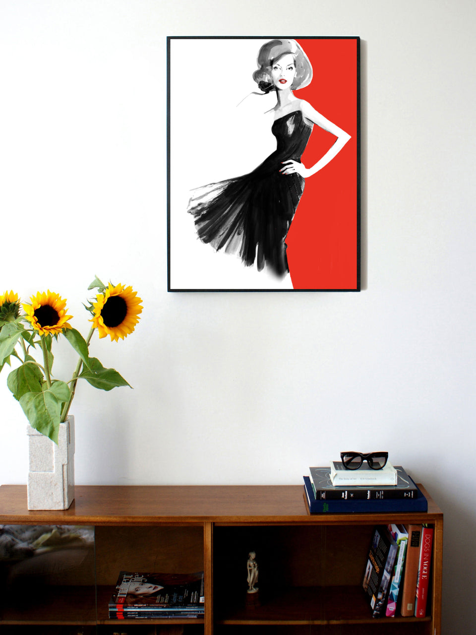Fashion illustration print of Gucci Red by Sjoukje Bierma - woman in black dress - 60 x 80 cm framed
