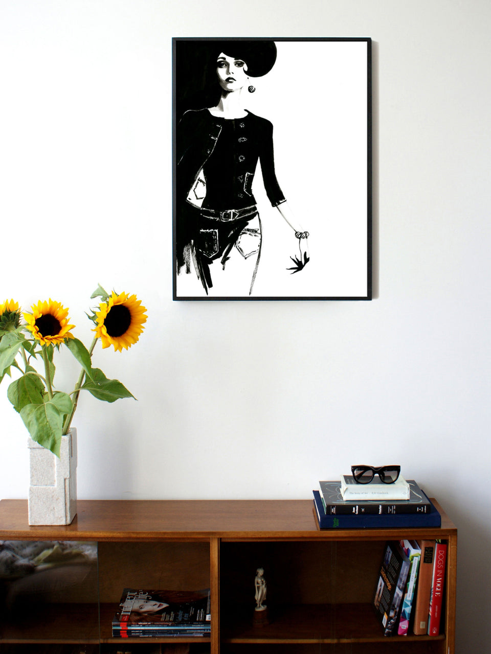Fashion illustration print of Twin-set by Sjoukje Bierma - woman walking - 60 x 80 cm framed