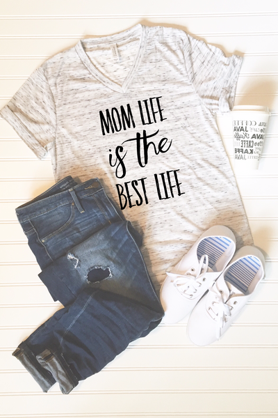 Mom Life is the Best Life Graphic Tee - Libby and Dot Collections