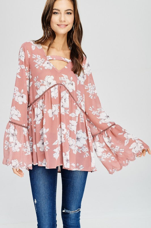 Scalloped Sleeve Babydoll
