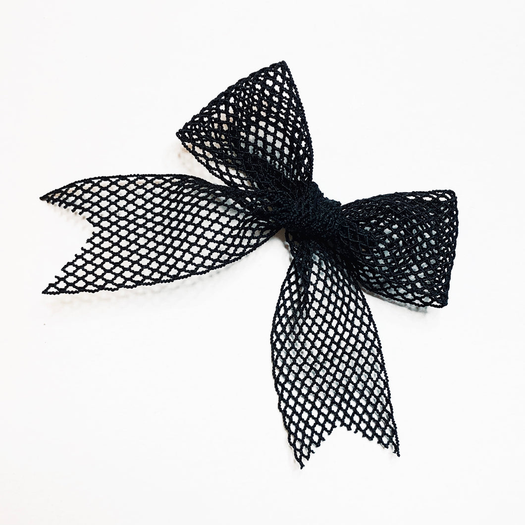 BIG BLACK BOW