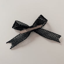 French Elastic Short Bow - Black Netting