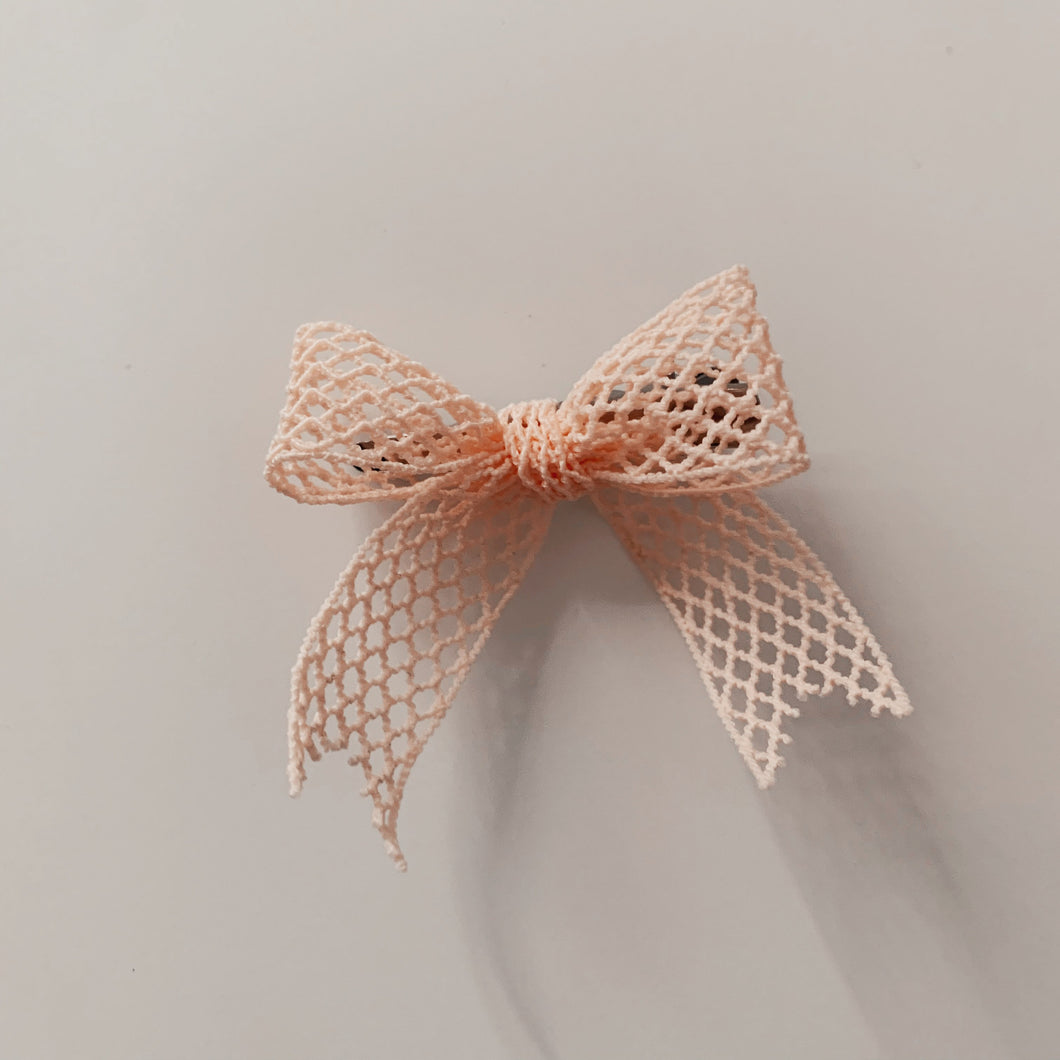 BELLE FORCE HAIR BOW