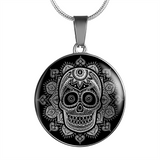 ShineOn Fulfillment Jewelry Luxury Necklace (Silver) Vintage Skull Luxury Necklace & Bangle