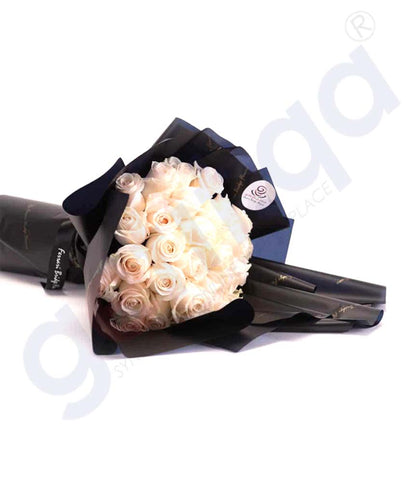 Buy Le Blanc 35 Hand Bouquet Price Online in Doha Qatar