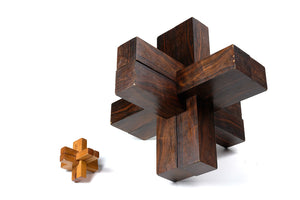 Giant Rosewood Lawn Puzzle, French
