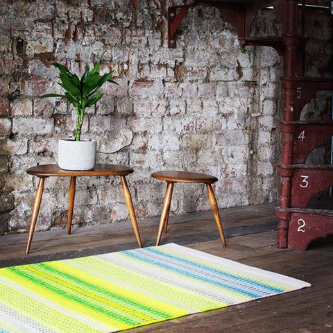 I just LOVE Angie Parker's bold use of color in this rug (and all of her rugs!) ~ @angieparkertextiles