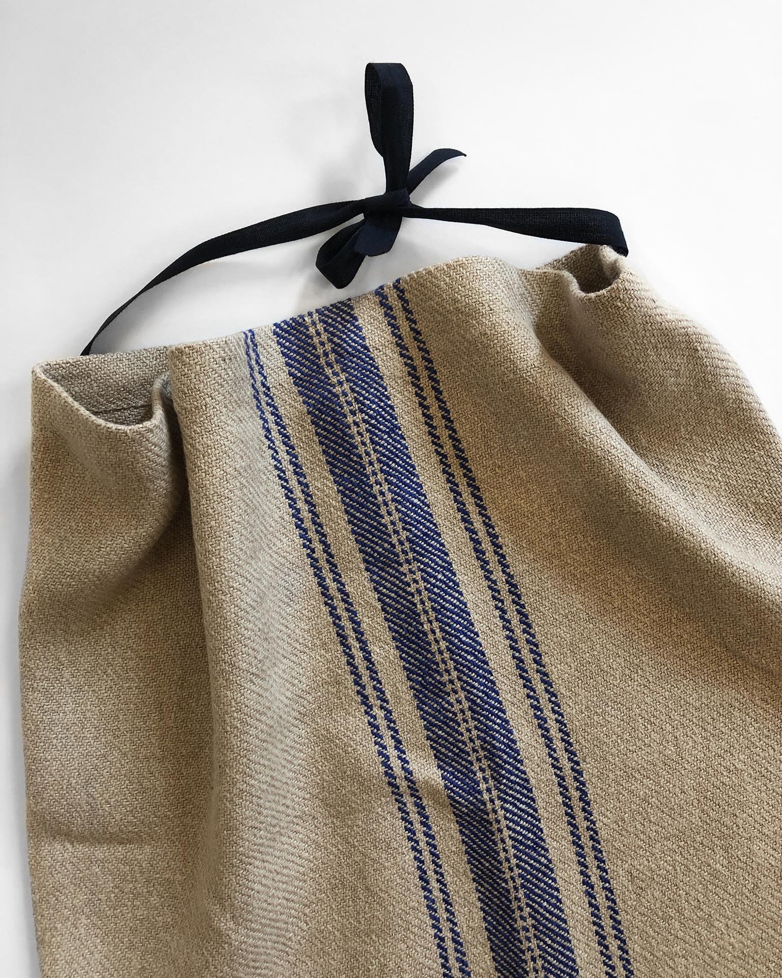 Handwoven Apron and Towel Set Weaving Pattern