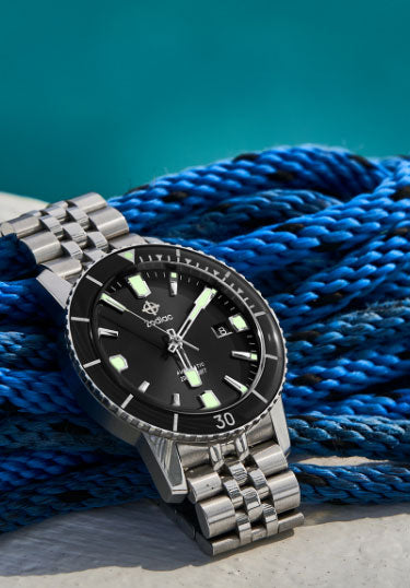 Men's Watches: Dive Watches, Adventure Watches & Timepieces
