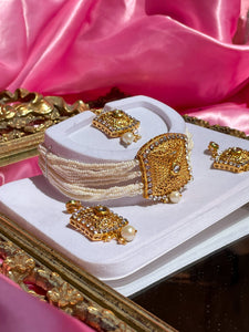 The Maharani Aja Set