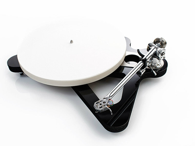Rega Turntable RP10 With Apheta 2 Cartridge