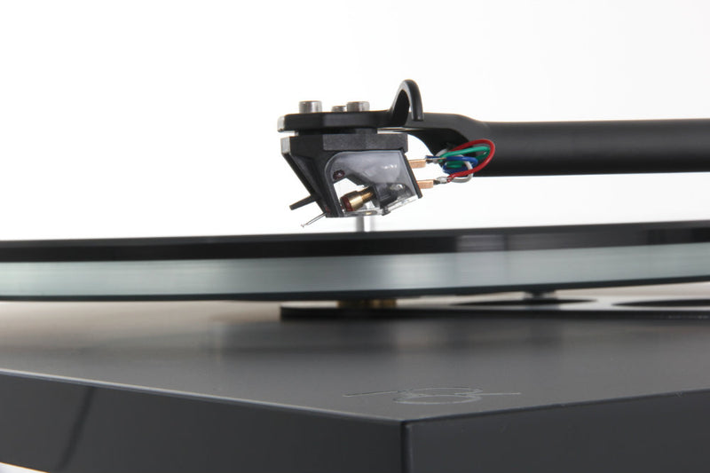 Rega Planar 6 Turntable no Cartridge