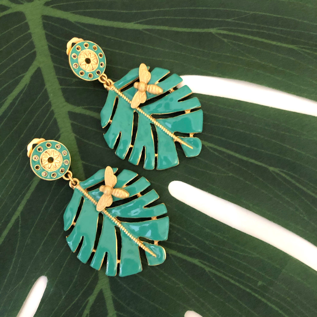 HOJA ABEJA LARGE CLIP EARRING