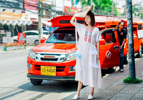 White Crew Neck Dress - Women's Cloth, SULUO - SULUO Clothing, SULUO - SULUO, Dress - Women's Apparel, Dress - cheongsam, Dress - dress,  Dress - skirt, Dress - qipao, Dress - chipao, Dress - Chinese costume, Dress - asian fashion, Dress - Chinese culture, Dress - embroidery, Dress - embroidered, White Crew Neck Dress - embroidered, White Crew Neck Dress - bomber jacket, Dress - Chinese dress