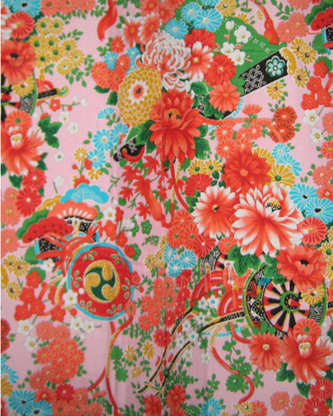 Japanese Kimono with flowers in Pink