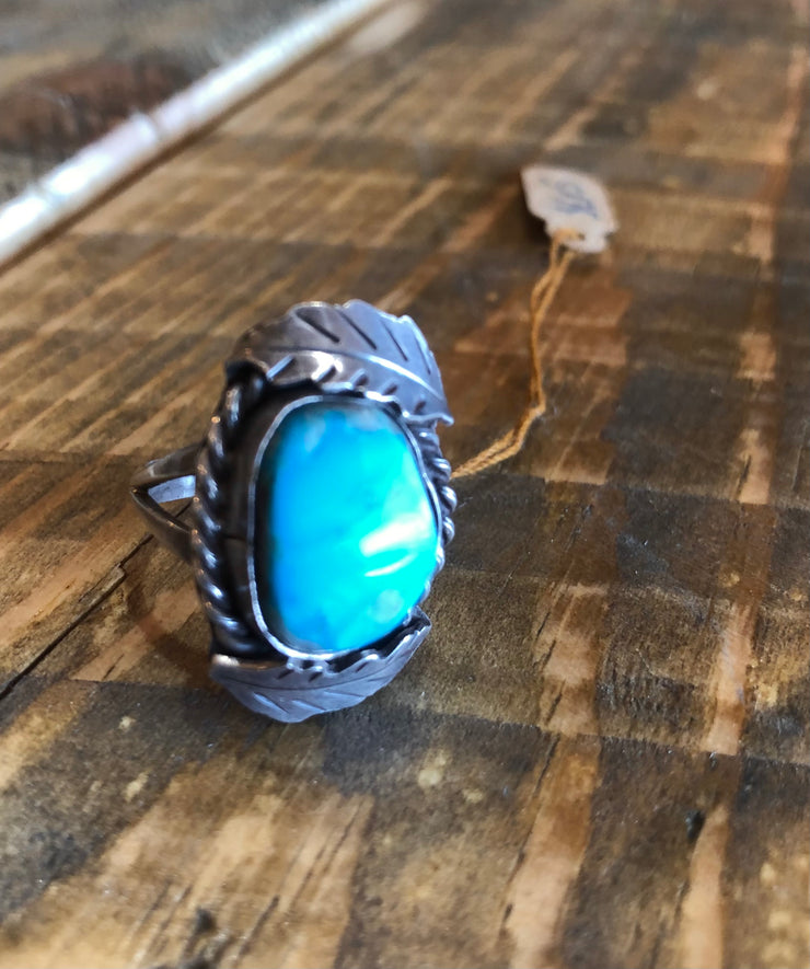 Vintage Silver and Turquoise Ring- Size 7