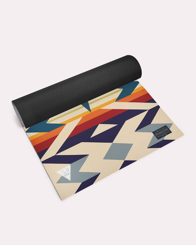 Pendleton Yoga Mat - Fire Legend