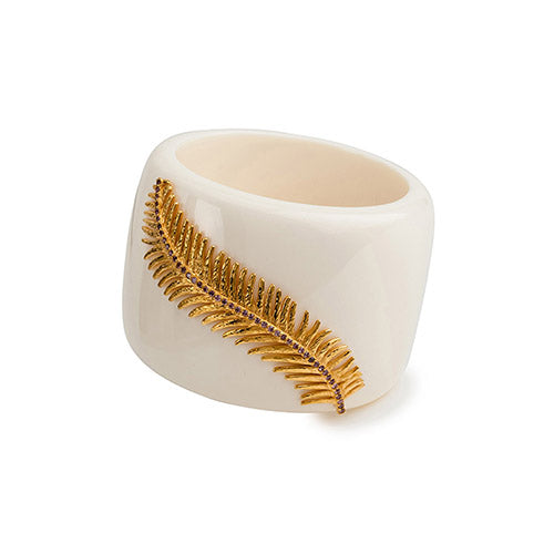 feather_white_cuff