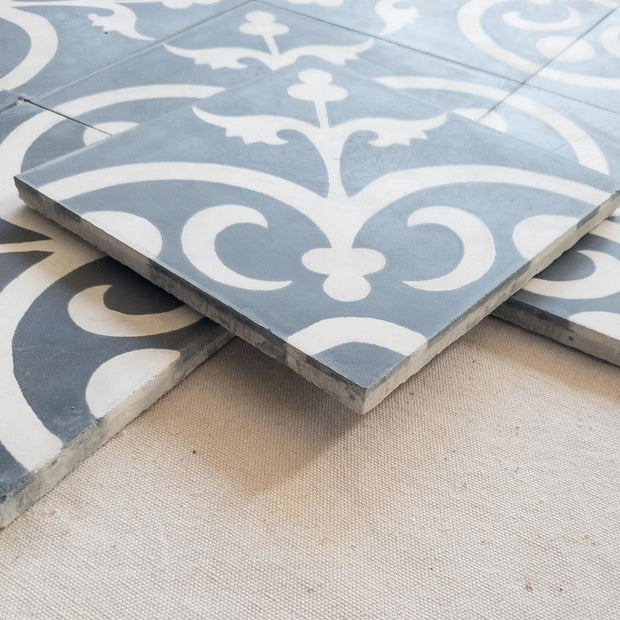 a little morocco, encaustic tiles, Classique black and white side view