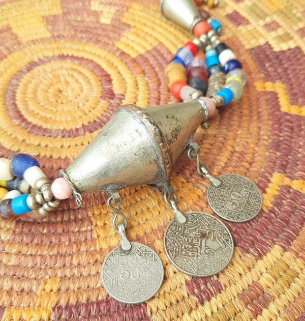 A Little Morocco Moroccan 3 Coins Pendant Necklace Detailed