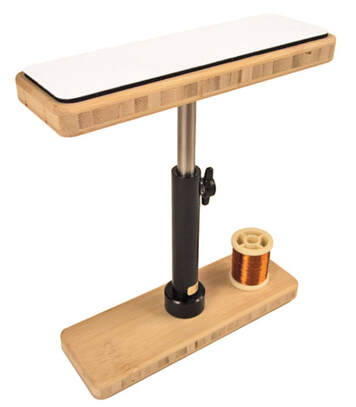 Dubbing Brush Table