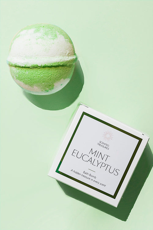 Mint Eucalyptus Ring Bath Bomb