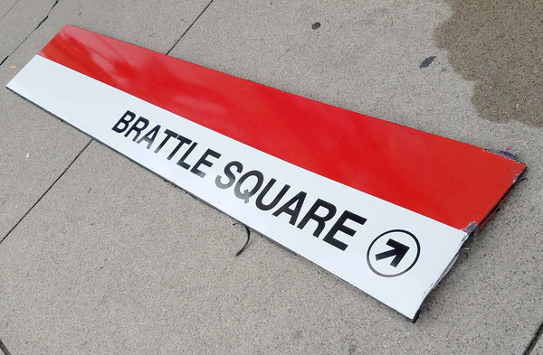 Brattle Square Sign from Harvard Station