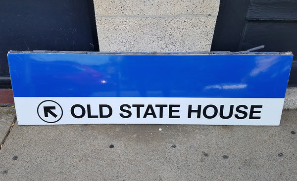 "Blue Line ""Left to Old State House"" Sign from State Station"