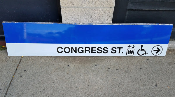 "Blue Line ""Congress Street Elevators To Right"" Sign from State Station"