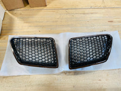08-09 Pontiac G8 Honey Comb Grille Set