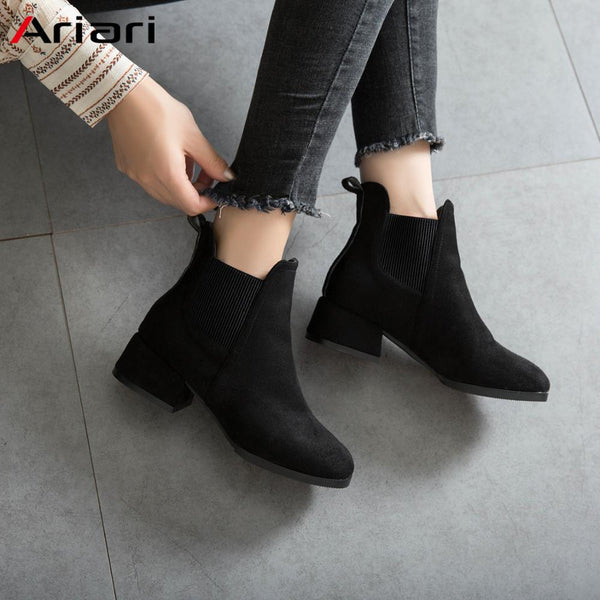 Ariari 2019 New Autumn Women Boots Fashion Round Toe Flock Female Booties Non-slip Wear-resistant Women Casual Shoes Best Gift