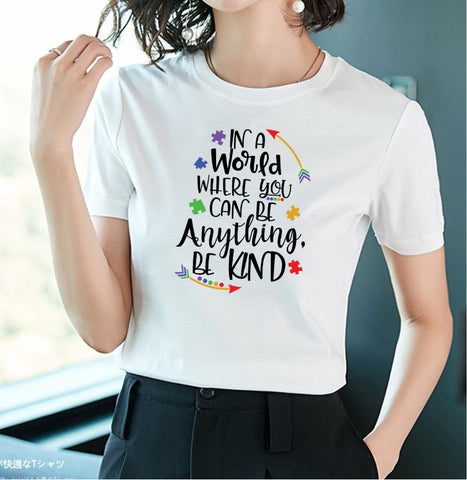 "Women's ""Be Kind"" Graphic Oversized T-Shirt"