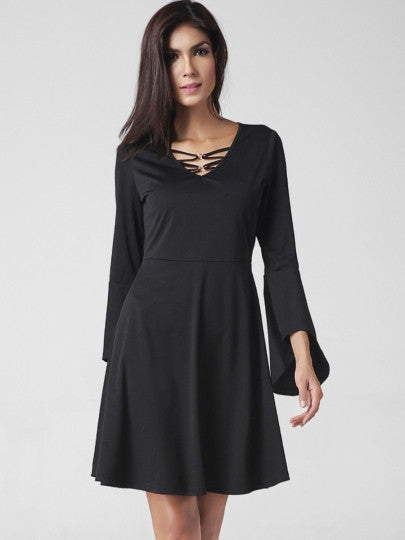 Party Queen Bell Sleeve Plain Fashion Women's Day Dress