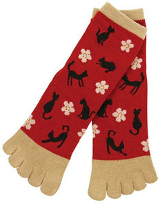 Kurochiku 5-Toe Socks Black Cat & Flowers - Red/Beige OUTLET SALE EU