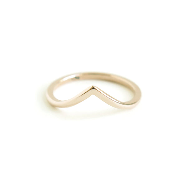 Wishbone Ring in Yellow Gold