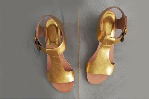 Shiny Gold Diva Flat