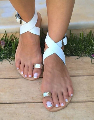 Rolling In White Gold Toe Flat