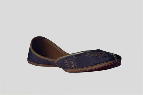 MSC Hand Embroidered Genuine Leather Black Juttis